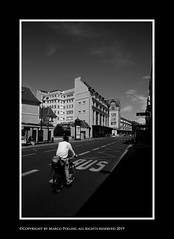 Le Bon Marche (Pollini Photo Laboratory) Tags: marcopollini polliniphotolabcom fotografiaurbana streetphotography summilux 50mm f14 paris parigi france blackwhite bianconero monocrome