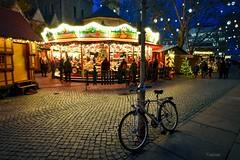 Kinderkarussel (r.wacknitz) Tags: braunschweig weihnachtsmarkt niedersachsen karussel lightandshadow xmastime decoration nikond5600 tamron1024 merrygoround fairground