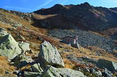 Gana Rossa (dino_x) Tags: panorama landscape mountains alpi alps switzerland lago lake water acqua montagna allaperto nature paesaggio roccia autumn autunno