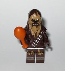lego 75245 1 star wars advent christmas calender 2019 day 07 chewbacca minifigure with porg drumstck and fire b (tjparkside) Tags: day 7 seven chewbacca with campfire fireplace porg drumstick wookie wookies tlj last jedi episode 8 eight viii minifigure minifigures mini fig figs figure figures lego 75245 752451 star wars advent calender christmas countdown 2019 sw seasonal licensed