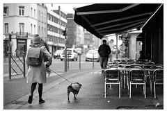 DSCF6301 (srethore) Tags: photo de rue street bw candid people 7artisans 35mm