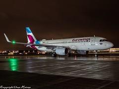 Eurowings D-AEMV HAJ at Night (U. Heinze) Tags: aircraft airlines airways airplane flugzeug planespotting plane olympus omd em1markii 12100mm haj hannoverlangenhagenairporthaj night eddv