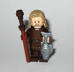 lego 75245 1 star wars advent christmas calender 2019 day 08 luke skywalker jedi exile minifigure with fish and pole b (tjparkside) Tags: day 9 nine old luke skywalker ahchto island ahch jedi exile fish fishing pole tlj last episode 8 eight viii minifigure minifigures mini fig figs figure figures lego 75245 752451 star wars advent calender christmas countdown 2019 sw seasonal licensed