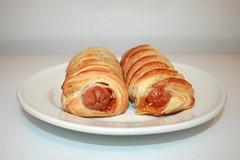 Hot Dog Rolls - Seitenansicht (JaBB) Tags: hotdogroll sausage würstchen blätterteig puffpastry food snack dinner essen fingerfood abendessen