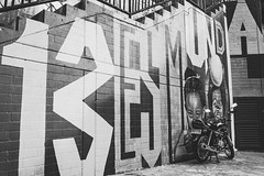 13 ES MUNDIAL (Carmen Plà) Tags: photography photo photographer portrait picture place canon colombia camera canon600d city comuna13 sigma street wall blackandwhite blancoynegro graffiti