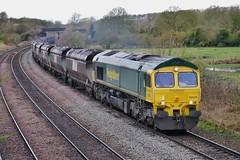 Coal Empties (JohnGreyTurner) Tags: br rail uk railway train transport diesel engine locomotive freight 66 class66 shed fl freightliner coal hoppers newbarnetby lincolnshire