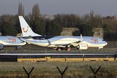 TUI 737 MAX 8 G-TUMB at Manchester Airport MAN/EGCC (dan89876) Tags: tui uk tomjet boeing 737 max 8 b38m gtumb manchester international airport parked storage crisis man egcc