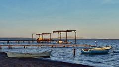 Un petit tour avec Ginou ? (jmollien) Tags: étangdethau languedoc hérault coucherdesoleil sunset bâteaux boats suddelafrance occitanie paysage landscape barque
