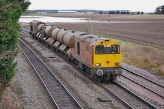 Those Leaves Won't Drop (JohnGreyTurner) Tags: br rail uk railway train transport diesel engine locomotive freight drs hnrc 20 class20 type1 ee1 ee english electric rhtt chopper newbarnetby lincolnshire