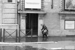 IMG_1380 (Stefano Palma) Tags: roma rome monochrome bnw biancoenero blackandwhite viadelcorso woman street streetphotography