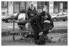 DSCF6343 (srethore) Tags: photo de rue street bw candid people 7artisans 35mm
