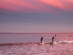 Mom and Daughter (Eric Zumstein) Tags: malibupier malibu california unitedstatesofamerica sunset sky clouds surfers