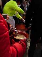 Gelida Escudella 2019 (71) (calafellvalo) Tags: gelidaescudellacocidocarndollacalafellvaloollalucía gelida escudella ollas cocido escudelladegelida barcelona pobres menús alimentos caridad food meal carnd0lla calafellvalo funicular