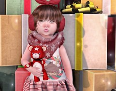 L.O.T.D. 12.13.19 (Emery/Teagan Parker) Tags: bear red color cute tower me reindeer lazo little nerds present belle lula yumyum momoko gypsyheart andromeda up dolled
