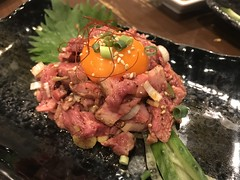 Raw beef tongue with egg yolk @Marumichi, Tokyo (Phreddie) Tags: bbq yakiniku horumon restaurant tokyo japan meat party wagyu beef drink happy night dinner