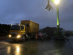 """C14RMX DAF CF Myers tipping a load fro sorting in the dark...and pouring rain (Mark Schofield @ JB Schofield) Tags: road transport haulage freight truck wagon lorry commercial vehicle hgv lgv haulier contractor scrap scrapyard yard metal processor merchant cast iron schofield linthwaite huddersfield """"jb schofield"""" """"metal merchants"""" recyclers recycling recyclers"""" steel copper """"schofield huddersfield"""" hooklift hookloader scraphandler sennebogen 825e 830e"""