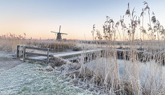 Early Mornings (Wim Boon Fotografie) Tags: kinderdijk canoneos5dmarkiii canonef1635mmf4lisusm nederland netherlands natuur nature winter holland unescoworldheritagesites cold