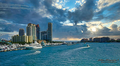 A stormy morning. (Aglez the city guy ☺) Tags: morning storm stormymorning miamifl miamibeach colors city cityscapes clouds outdoors architecture seashore seascape urbanexploration sobe walking walkingaround waterways sea