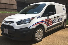 DC Police Ford Transit Connect (Corde11) Tags: mpdc mpd rmp cops cop slicktop citypolice dc dcpolice van policevan lawenforcement ford emergency squadcar