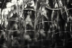 Glass. (Fencejo) Tags: fujifilmxe1 pentaconauto1850mm m42 zaragozazgz bokeh vintagelens blackwhitebwblackandwhitemonochrome