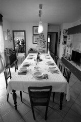 Waiting Christmas lunch - At home - December 2018 (cava961) Tags: xmas lunch home analogue analogico monochrome monocromo bianconero bw canon