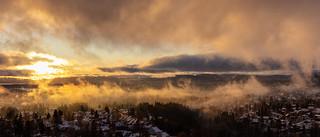 Early sunset - low skies - Norwegian winter II