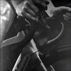 Radfahren (Christian Lagat) Tags: thomasbernhard radfahren vélo bicycle noiretblanc blackwhite carré square iphone