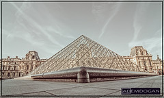 PARIS (01dgn) Tags: paris pyramidedulouvre louvre fransa france frankreich cityscape city urban streetphotography colors weitwinkel wideangle canoneos700d