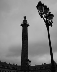 Place Vendôme, Paris (Loïc BROHARD) Tags: paris france landmark bnw blackandwhite noiretblanc