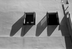 Windows (Thanathip Moolvong) Tags: olympus 35 sp ilford delta 100 bw shadow windows shade