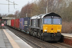 HOLYTOWN 66425 (johnwebb292) Tags: holytown motherwell diesel class 88 66425 drs