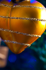 2019-12-n10-0180 (dolphinpix) Tags: xmas christmas tree festive decoration marco zoom close gold sparkle magic magical season gree blue hanging gillitter wonder special