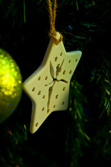 2019-12-n10-0156 (dolphinpix) Tags: xmas christmas tree festive decoration marco zoom close gold sparkle magic magical season gree blue hanging gillitter wonder special
