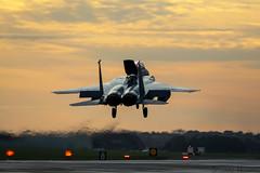 F-15E Strike Eagle 91-0315 - 492nd Fighter Squadron RAF Lakenheath (stu norris) Tags: f15estrikeeagle 910315 492ndfightersquadron raflakenheath usafe usaf sunset dusk outside outdoors aviation
