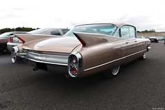 1960 Cadillac 6200 4-door  6-Window Sedan (pontfire) Tags: sedan us cadillac motor 1960 4door 6200 6window show cars car de collection american caddy cad autodrome anciennes 2019 véhicule américaine linasmontlhéry pontfire old classic automobile antique voiture coche carros carro autos automobiles coches voitures vieille ancienne automobili wagen vintage gm general motors corporation bil oldtimer veteran 車 luxury v8 luxe classique автомобиль αυτοκίνητο luxueuse