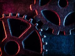 Gears (David Cucalón) Tags: davidcucalon gears macro stilllife closeup bodegon red blue azul rojo textures