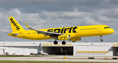 A321 | N687NK | FLL | 20191107 (Wally.H) Tags: airbus a321 n687nk spiritairlines fll kfll fortlauderdale hollywood airport