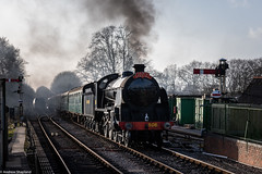 Santa Season (Articdriver) Tags: watercressline winter medsteadfourmarks station steam locomotive hampshire christmas santaspecial 506 s15 urie southern sunlight track railways train signals