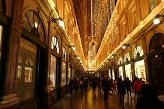 Galeries Royales Saint-Hubert (CORMA) Tags: bruxelles belgium belgique brussels 2019 décembre december galeriesroyalessainthubert