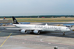 D-AIHC 2 Airbus A340-642 Lufthansa (Star Alliance) FRA 29JUL05 (Ken Fielding) Tags: daihc airbus a340642 lufthansa staralliance aircraft airplane airliner jet jetliner widebody aviation