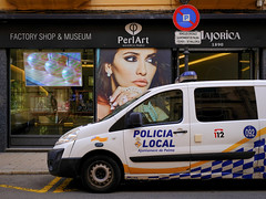 in Palma de Mallorca (Werner Schnell Images (2.stream)) Tags: ws street palma de mallorca policia police