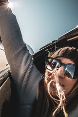 Mountain Free (2019) (VRileyV) Tags: mountains banff female sunglasses hair sun alberta ab face selfie vehicle mountain reflection