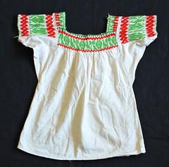 Mexican Blouse Blusa Mexicana Textiles (Teyacapan) Tags: mexican blouses blusa almoloyadelrio edomex embroidery ropa clothing
