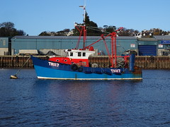 MFV GIRL RONA TH117  Fishing (Pelagic Trawler)  Call Sign MCAK6 (MMSI: 235004896) (guyfogwill) Tags: 1980 2019 abp associatedbritishports autumn bateau bateaudepêche bateaux boat boats boyant coastal coastline december devon devoran dschx60 england europe fisherman fishing fishingboat fishingvessel flicker fogwill gb gbr gbr000a23504 girlrona greatbritan guy guyfogwill harbour marine maritime mcak6 midwaterottertrawls mmsi235004896 nautical pelagictrawler plage port river riverteign shaldon ship sony southwest teignestuary teignbridge teignmouth teignmouthapproaches th117 theshaldives tq14 uk unitedkingdom vessel visicksofdevoran workboat