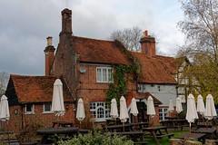 Little Marlow, Queens Head (2019) (Dayoff171) Tags: boozers buckinghamshire england europe gbg2020 pubs publichouses gbg greatbritain uk unitedkingdom