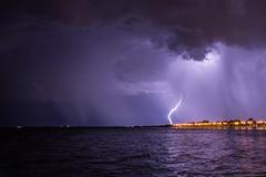 Doble cortina de lluvia (StormChaserQuilmes) Tags: thunderstorm storm supercell lightning bolt river lights rain cloud