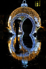 'Broadgate Bauble' (SONICA Photography) Tags: bauble broadgate broadgatecircle london cityoflondon xmas christmas weihnachten noel navidaf navidad light lights lichten lumieres nikond90