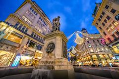 Wien (Photography Martin Horvath) Tags: amgraben vienna wien brunnen leopoldsbrunnen österreich austria wqeihnachten lichter fe1224mmf4g christmas
