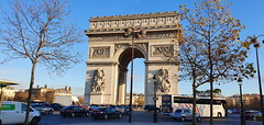 02 Paris Décembre 2019 - l'Arc de Triomphe (paspog) Tags: paris france décembre december 2019 arcdetriomphe