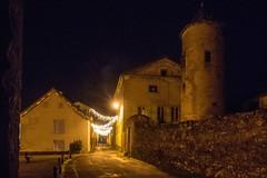 Vic d'Oust (Ariège) (PierreG_09) Tags: ariège pyrénées pirineos couserans occitanie midipyrénées oust vicdoust village nuit lumière illuminations tour château rue pathscaminhos